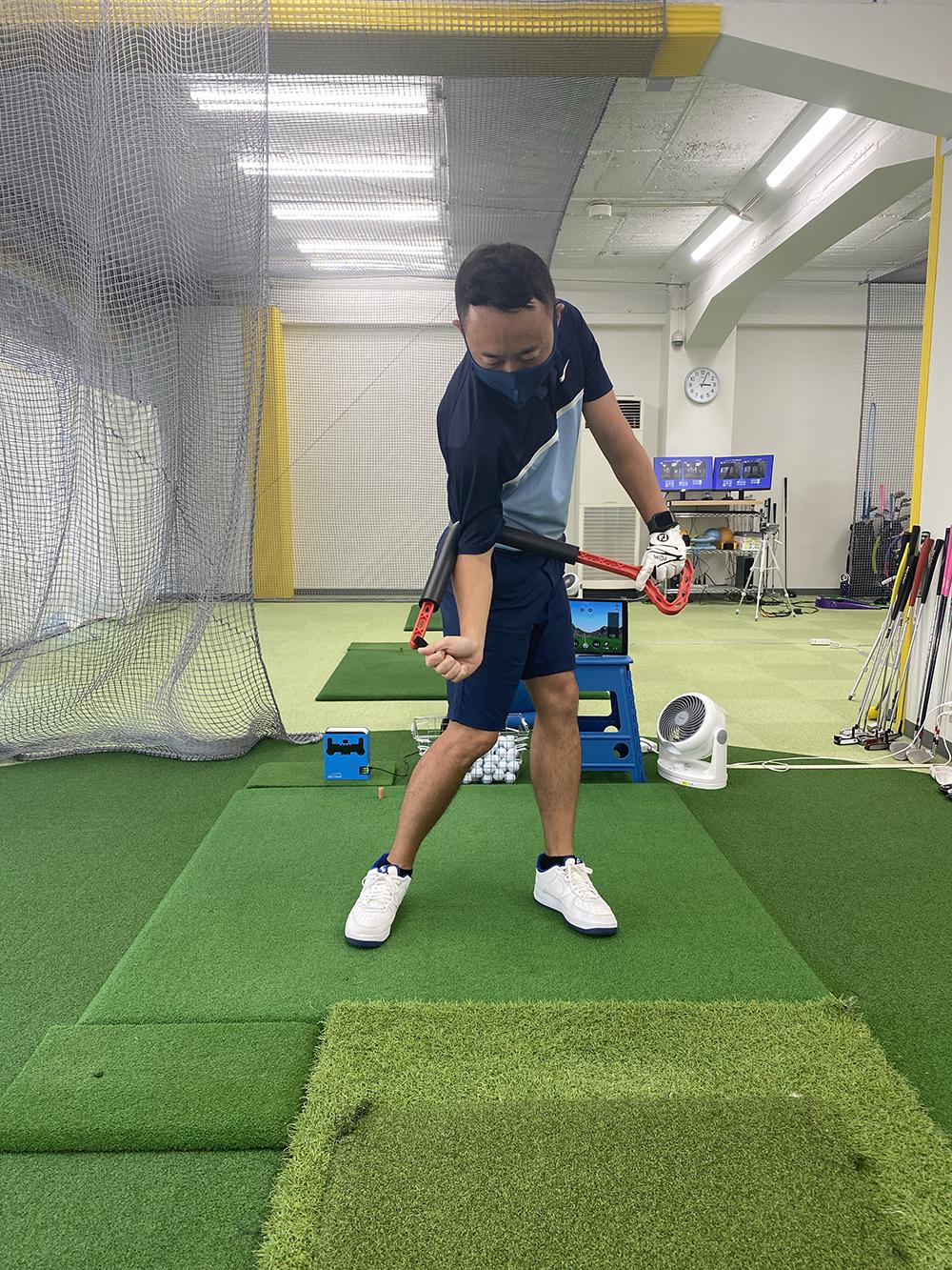 【池袋駅徒歩1分】池袋にある初心者に特化したゴルフスクール!池袋ゴルフアカデミーANNEX!│今最新練習器具入手!パート②︎【ローテーター】